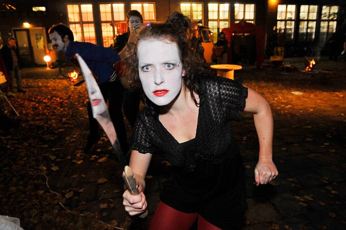 Cirque du Platzak tijdens een eerdere editie van de Cultuurnacht, toen die nog live bij te wonen was.