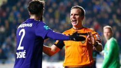 Verbazing alom wanneer Anderlecht deze 'penalty' tegen krijgt, waarna gerechtigheid geschiedt