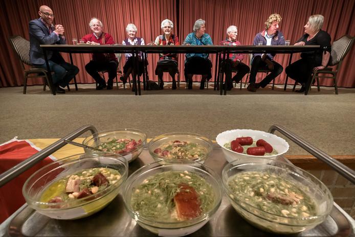 Groen met witte bonen, oftewel 'blote billetjes in het gras. Dit zijn overigens niet de gerechten waarmee Vic Tosseram zijn prijs heeft gewonnen.