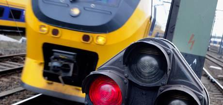 Overwegstoring; geen treinen tussen Den Bosch en Tilburg