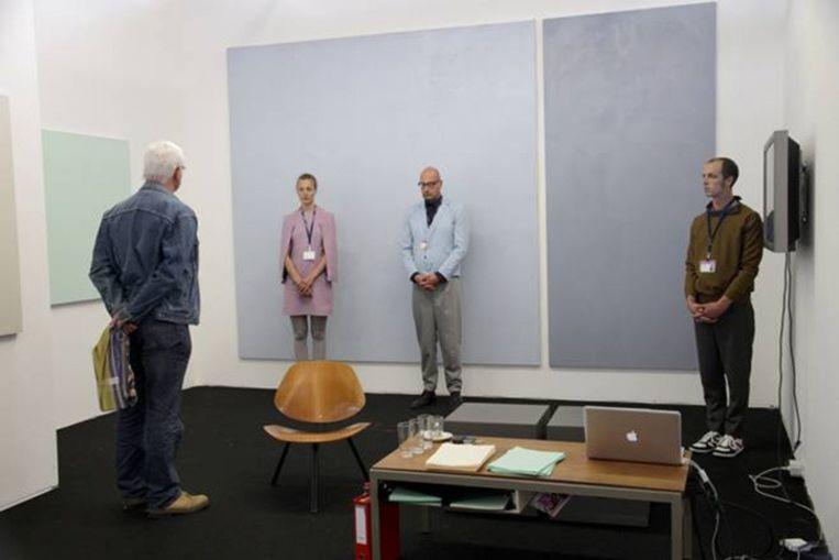 Sander Breure en Witte van Hulzen: Galeri Ansgar Lund, performance, vijf dagen acht uur per dag, Art Amsterdam, 2010. Beeld -