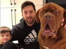 Messi poseert met zoontje en señor Hulk, Nys in de sneeuw