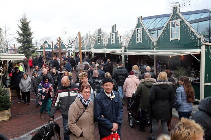 De vorige Duitse kerstmarkt trok veel publiek.