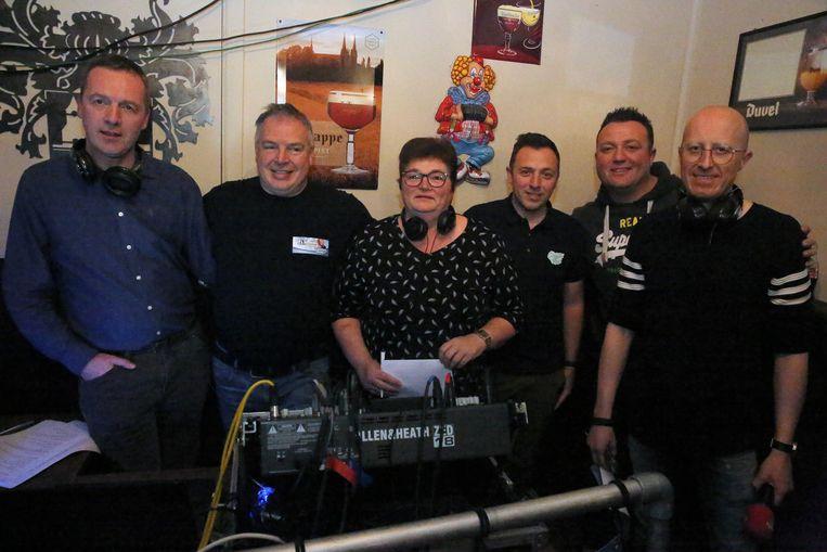 De ploeg van Victoria Gruute Met TV is er klaar voor: ze gaan drie dagen lang live uitzenden.