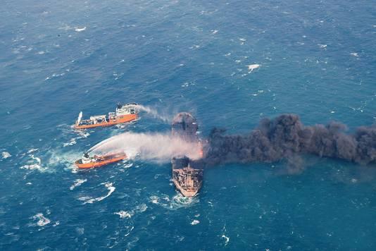 Greenpeace vreest, mocht de Sanchi zinken, voor een van de ergste milieurampen op zee ooit.