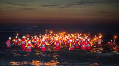 295 strandredders op Noordzeefakkeltocht