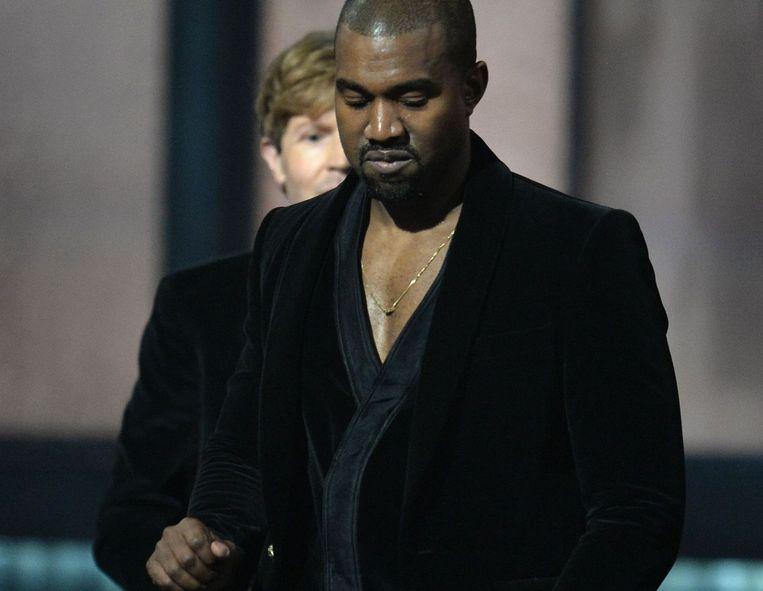 Kanye West kijkt zuur op het moment dat Beck de Grammy voor beste album wint.