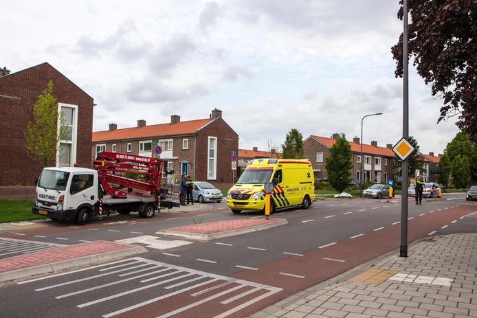 Op de Waterstraat in Velp raakte een scooterrijdster gewond.
