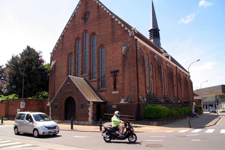 """De Heilig Hartkerk wordt omgevormd tot woonproject. """"Een uitdaging voor creatieve architecten"""", aldus het stadsbestuur."""