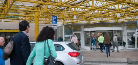 Streep door operaties Rijnstate, trekkertocht in Doetinchem: dit merk jij van de ziekenhuisstaking