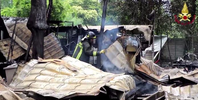 De brandweer maakte beelden van de ravage die ontstond door de brand.