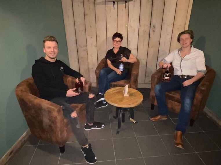 De uitbaters willen met ROCKS The Vintage Lounge een plek creëren waar twintigplussers zich thuis voelen.