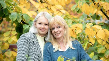 """De gelijkenissen tussen Linda De Ridder en dochter Margot leiden tot pittige discussies: """"Mama zeurt over rommel in huis, maar ze is zelf een sloddervos"""""""