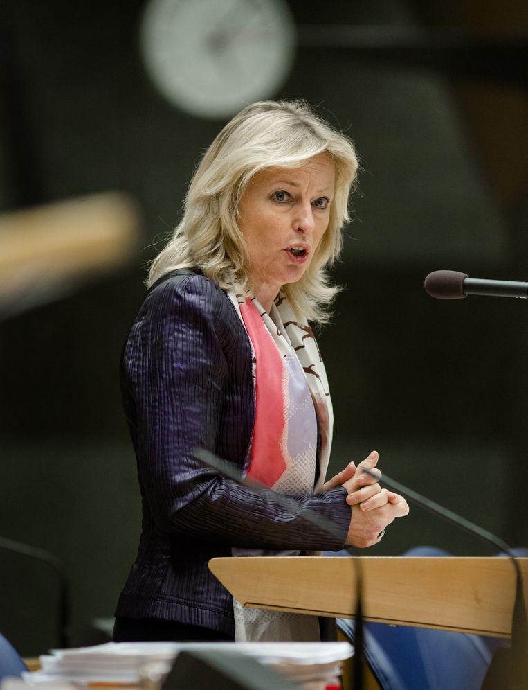 Minister Jet Bussemaker van Onderwijs, Cultuur en Wetenschap tijdens een debat in de Tweede Kamer over het leenstelsel. Beeld anp
