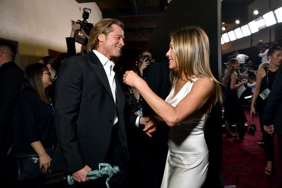 De ontmoeting tussen Jennifer Aniston en Brad Pitt was een veelbesproken onderwerp op social media.
