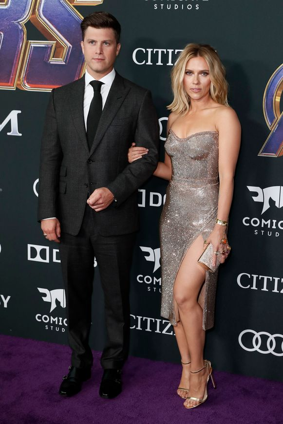 Scarlett Johansson speelt Black Widow in de franchise. Zij bracht haar partner mee.