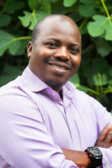 Pedro kwam vanuit Angola naar Woerden en sloeg zich door arbeidsmarkt: 'Maak racisme bespreekbaar'