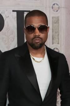 Boze Kanye West vecht ruzie met Drake uit in stortvloed aan tweets