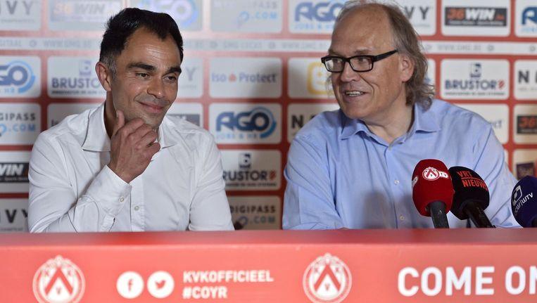 Johan Walem wordt geflankeerd door KVK-voorzitter Joseph Allijns.