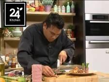 Biefstukrolletjes met asperges en oosterse grillsaus
