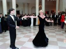 La mythique robe Travolta de Lady Di cryogénisée pour la postérité