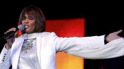 Overleden Whitney Houston gaat binnenkort op tournee dankzij hologram