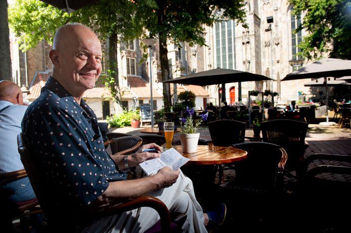 Jan Kruse, de bekende creator uit Deventer van Donald Duckverhalen, heeft een boekje uitgebracht over de Boekenmarkt. Met schetsten en gedichten over personages die je op het jaarlijkse evenement aantreft.