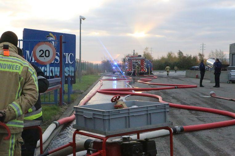 De brandweer rukte massaal uit.