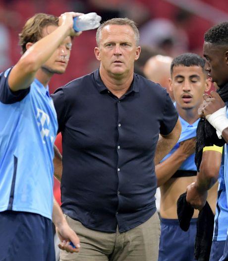 Van den Brom blij met afstraffen fouten door Ajax: 'Hier leren we van'
