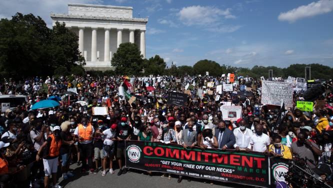 Duizenden betogers klagen racisme aan tijdens Commitment March in Washington, DC