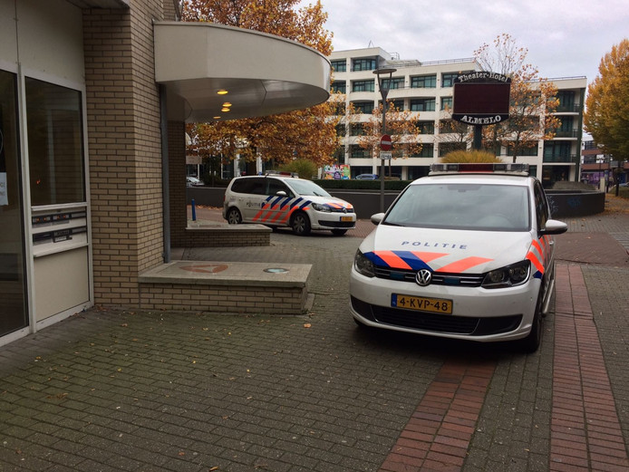 Politie bij het Theaterhotel