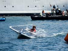 Delfts solarbootteam voor het eerst de zee op
