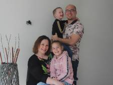 Lichtpuntje: Osse familie maakt coronaversie van liedje 'Dag Spin'
