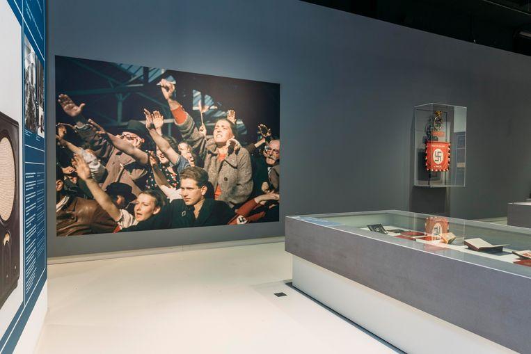 Deel van de tentoonstelling 'Design van het Derde Rijk'. Beeld Rebecca Fertinel
