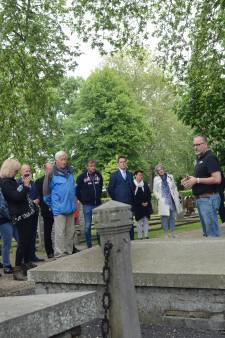 De begraafplaats in Zierikzee moet het van het erfgoed en de verhalen hebben