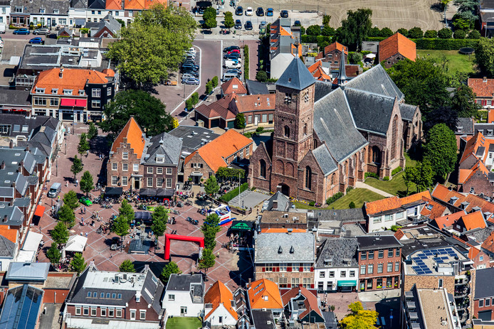 Luchtfoto van Oude Kerk.
