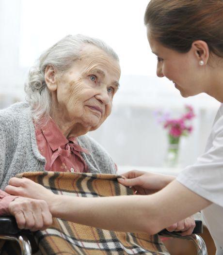 Noodplan om ziekenhuizen te ontlasten; wachttijden verpleeghuizen worden langer