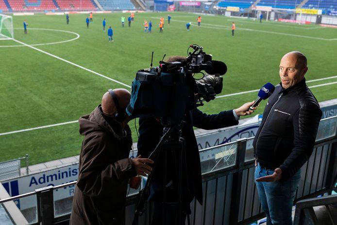 Voorzitter Jan-Hein Schouten van FC Den Bosch gaat een dag later diep door het stof.