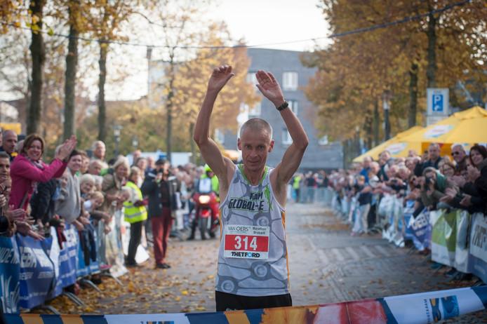 Huub Maas wint in Etten-Leur (Tonny Presser/Pix4Profs)