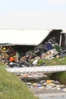 Chauffeur overleden na kantelen vrachtwagen