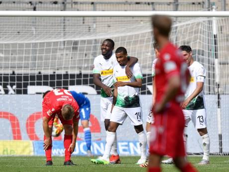 Hoofdrol Pléa en Thuram bij ruime zege Borussia Mönchengladbach