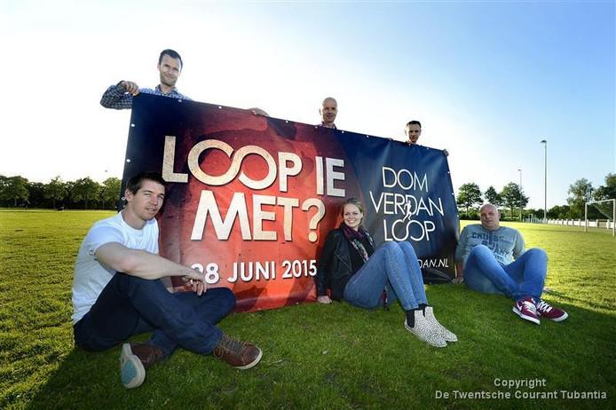 De organisatie van de Dom Verdan Loop: vlnr boven Bjorn Grundel, Herbert Wesselink, Frank Frieling. onder Daniel Ikink, Ilse ter Haar, Ard Wesselink.