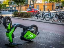 Mogelijk meer maatregelen tegen parkeerproblemen met (deel)scooters in Tilburg