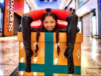 Liberty (12) is meest elastische meisje ter wereld
