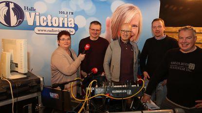 Radio Victoria telt af met Carnavalitis
