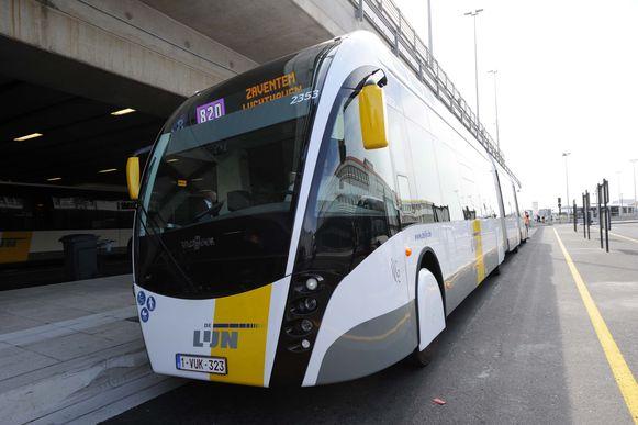 De trambus zou ook op lijn 170 kunnen rijden volgens Halle en Sint-Pieters-Leeuw.