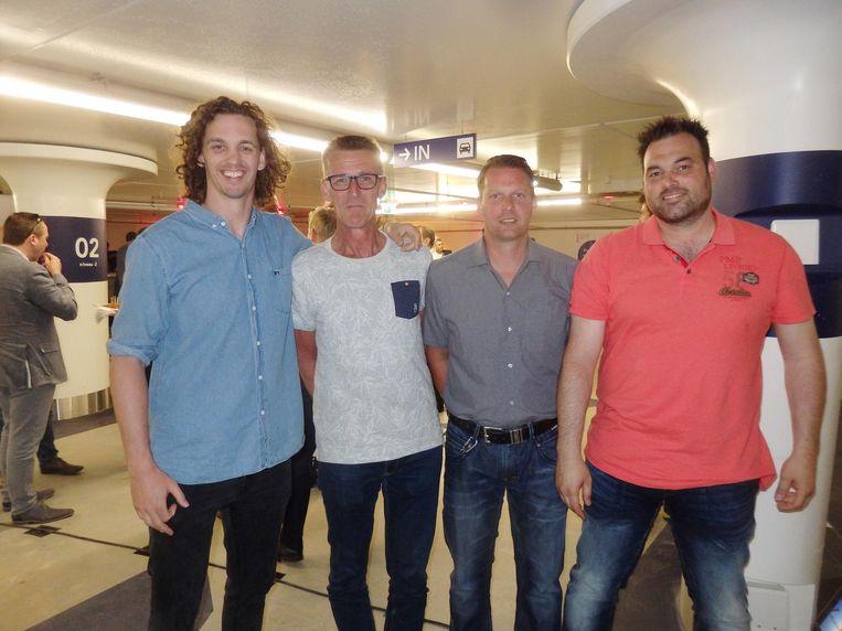 Ook team Max Bögl: Fedde Lingsma, John van Luttikhuizen, Remond Nijhoff en Stephan de Vries. 'Tweeënhalf jaar aan gewerkt. Dan ben je wel trots' Beeld Schuim