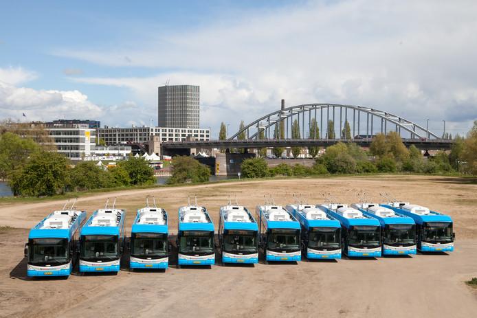 De tien laatste nieuwe Zwitserse trolleybussen die in Arnhem en regio gaan rijden. Foto: Breng