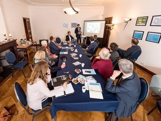 Vorige week donderdag kwam de werkgroep Leusderweg voor de tweede maal bijeen.