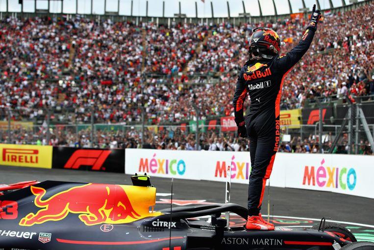Vastberaden Verstappen rijdt foutloze GP van Mexico en behaalt opnieuw racezege in de Formule 1